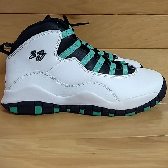 59bbcca398b6c9 Jordan Other - Nike Air Jordan 10 Retro Verde 705180-118